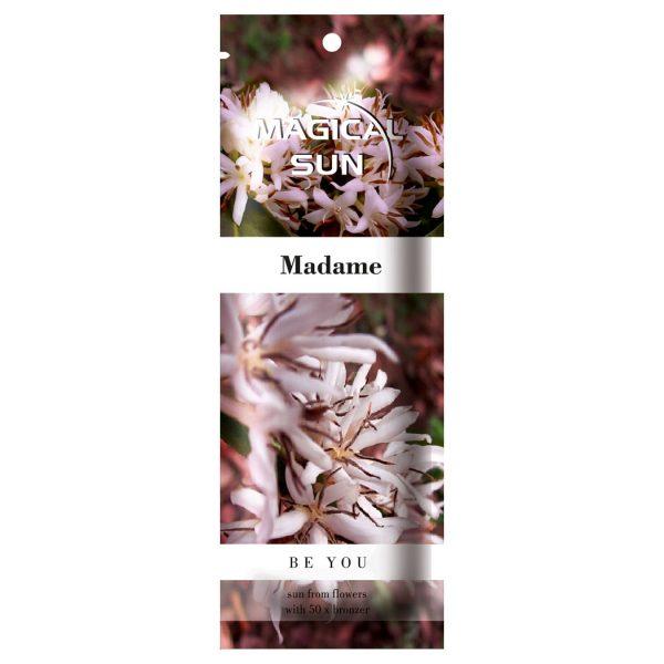 Saszetka kosmetyku przed opalaniem na solarium marki Magical Sun, seria Be You - Madame